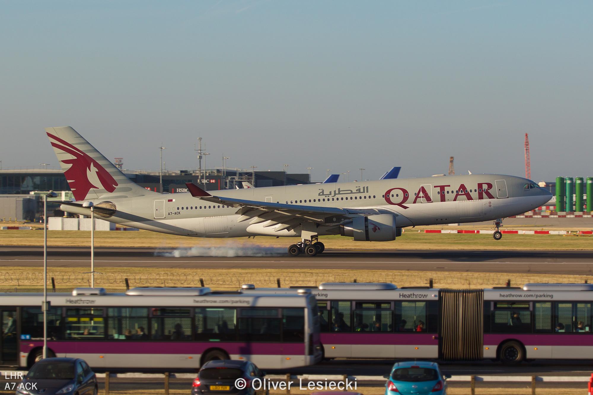 X_Qatar_A330_A7ACK_01_LHR_230618